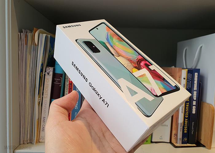 Galaxy-A71-Box